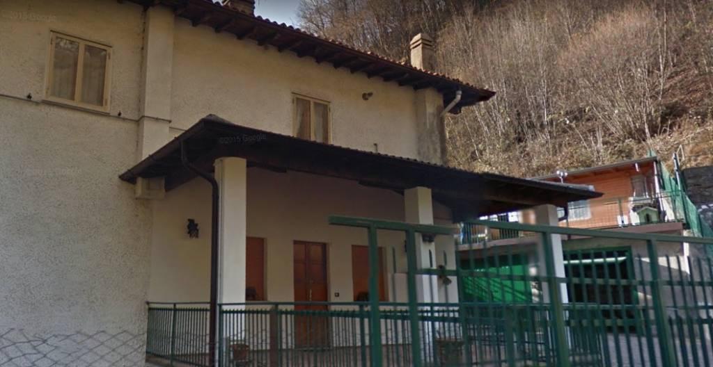 Appartamento in buone condizioni in vendita Rif. 8833928