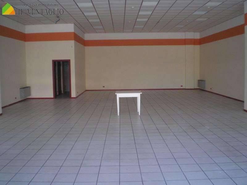 Attività commerciale in vendita Rif. 7769071