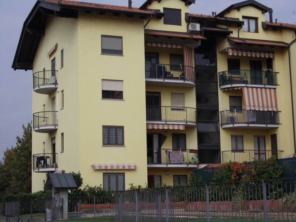 Foto 1 di Trilocale via Giuseppe Garibaldi 6/1, Brandizzo