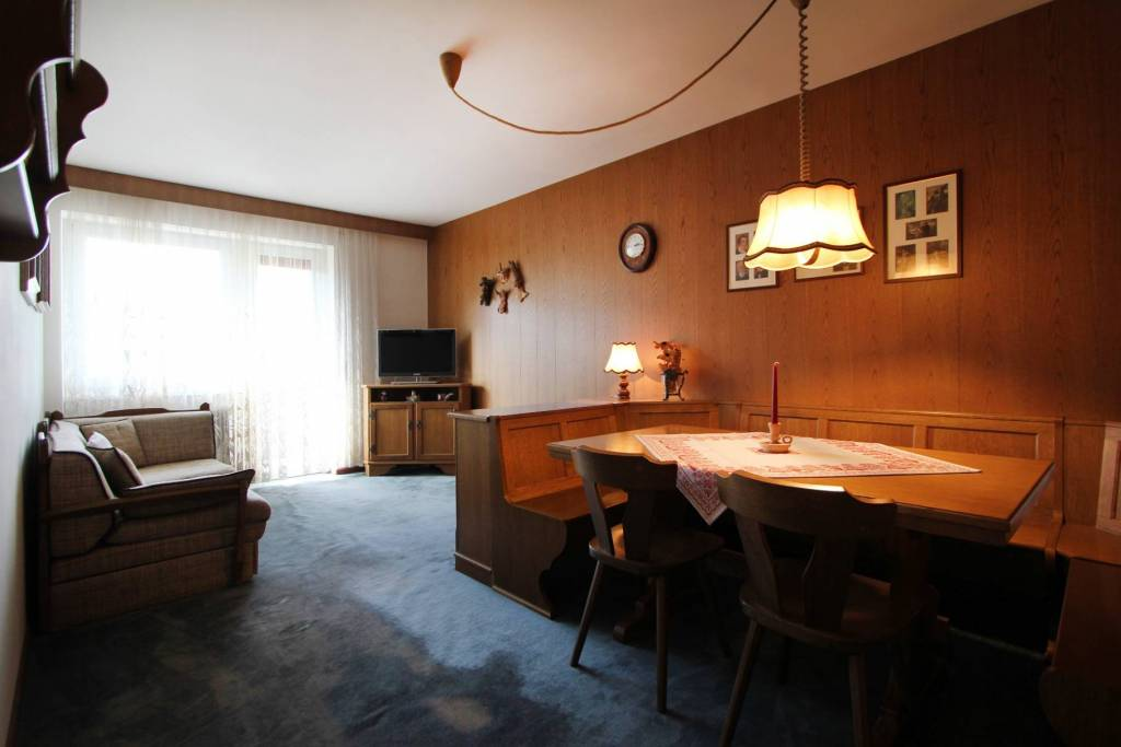 Appartamento in buone condizioni arredato in vendita Rif. 8828716