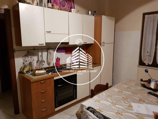 Appartamento da ristrutturare arredato in affitto Rif. 6919233