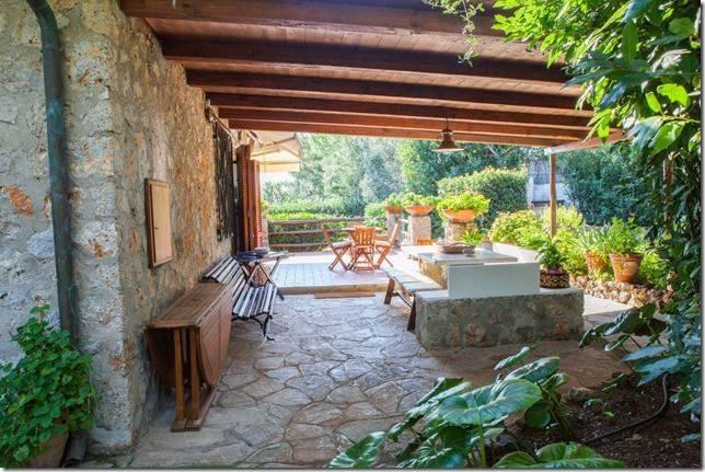 Villa in ottime condizioni parzialmente arredato in vendita Rif. 8832321