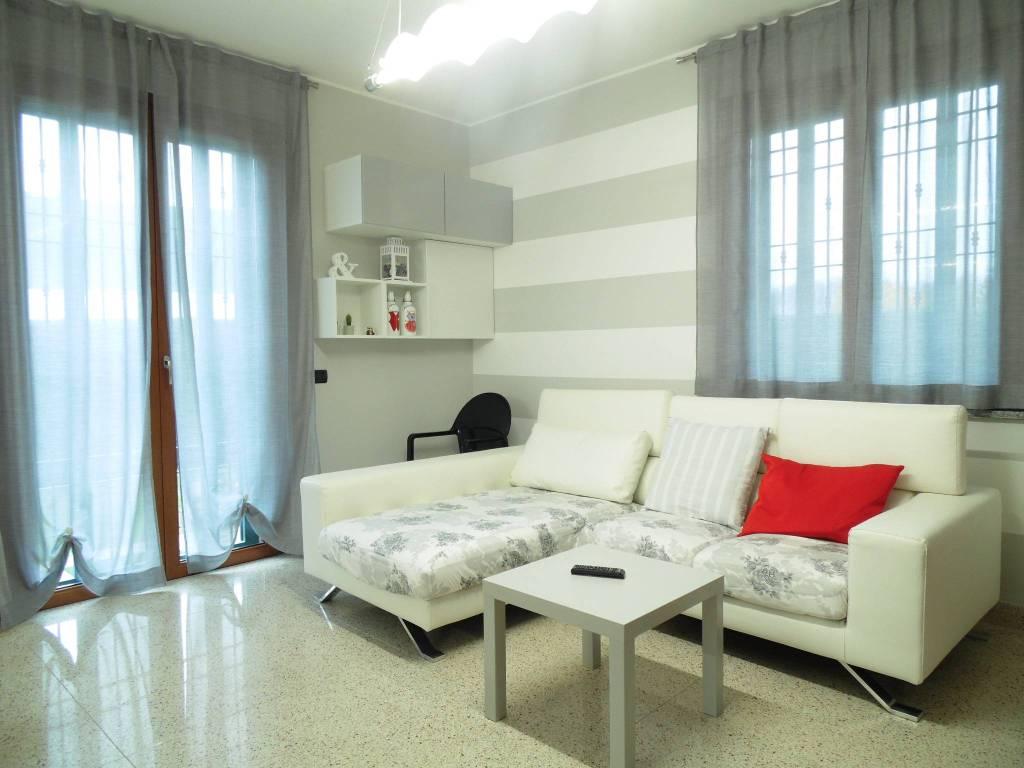 Villa in ottime condizioni in vendita Rif. 8830070