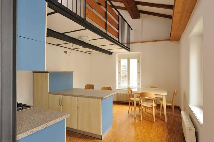Appartamento in ottime condizioni arredato in affitto Rif. 8831243