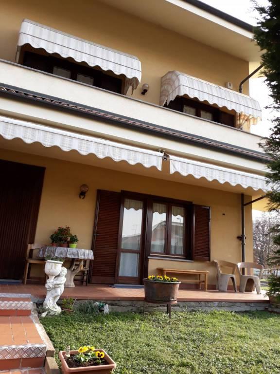 Villetta a schiera in buone condizioni in vendita Rif. 8844806