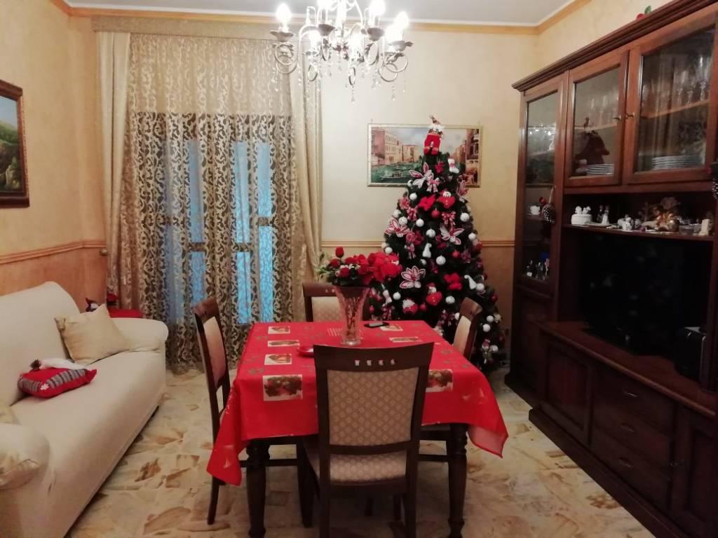 Appartamento in ottime condizioni in vendita Rif. 8829733