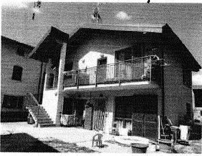 Appartamento in buone condizioni in vendita Rif. 8834441