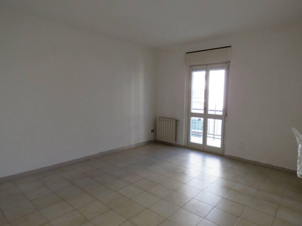 Appartamento in buone condizioni in vendita Rif. 8829592