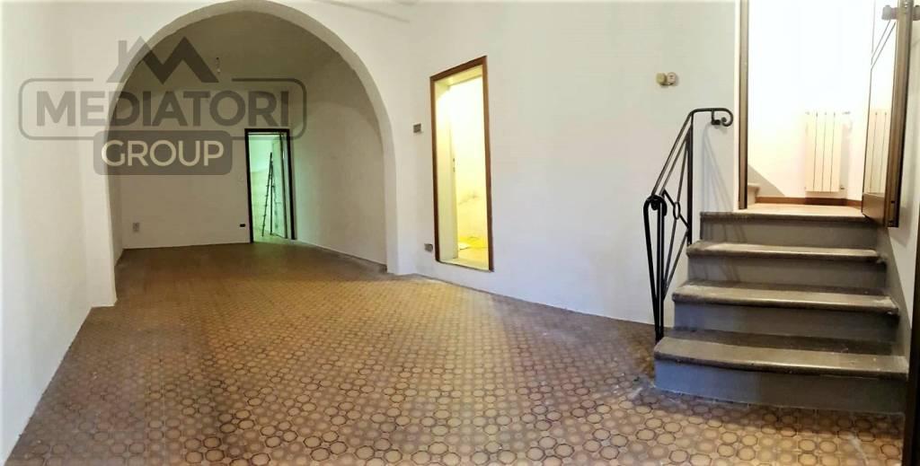 Casa Indipendente in buone condizioni in vendita Rif. 8850806