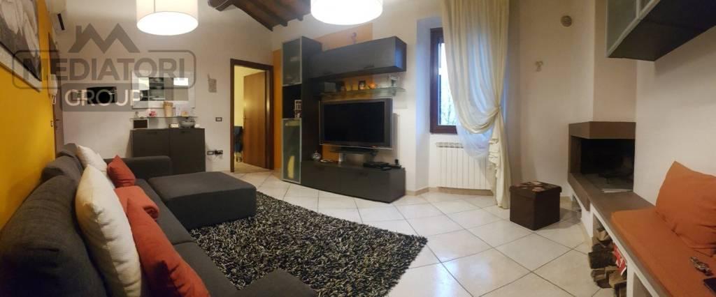 Casa Indipendente in ottime condizioni in vendita Rif. 8850807