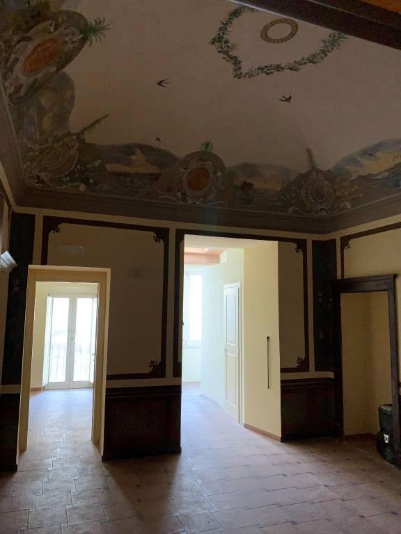 Appartamento in ottime condizioni in affitto Rif. 8850047