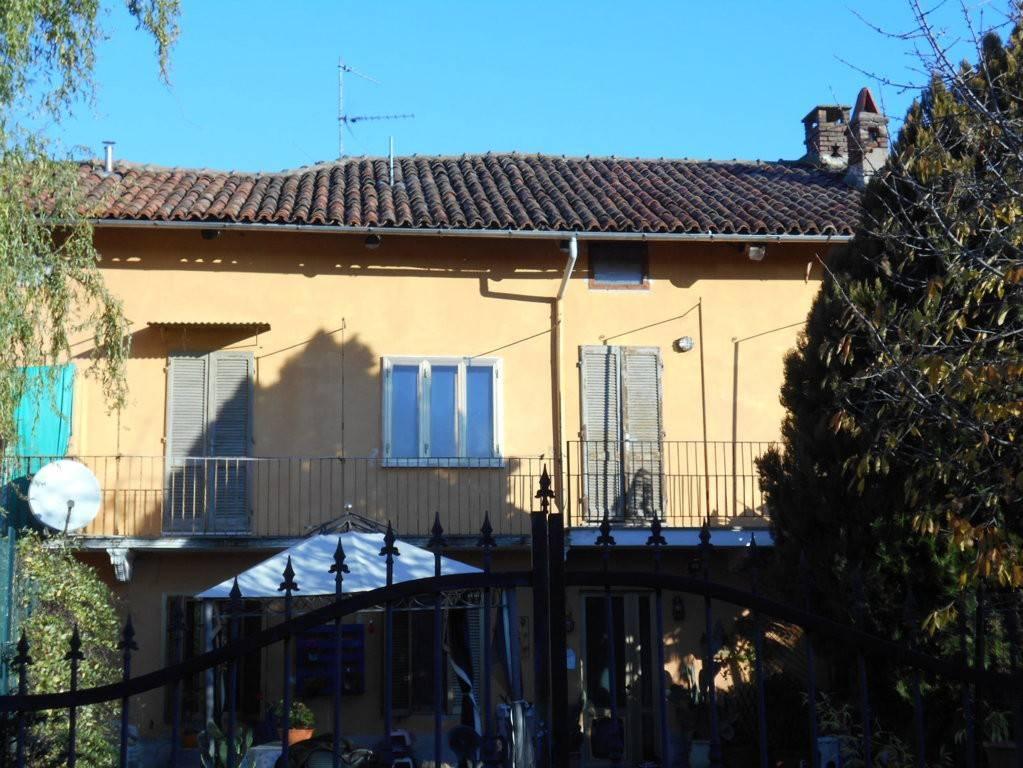Appartamento in affitto a Livorno Ferraris, 3 locali, prezzo € 300 | CambioCasa.it