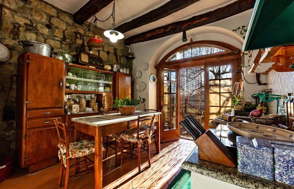 Case in vendita Santa Fiora.