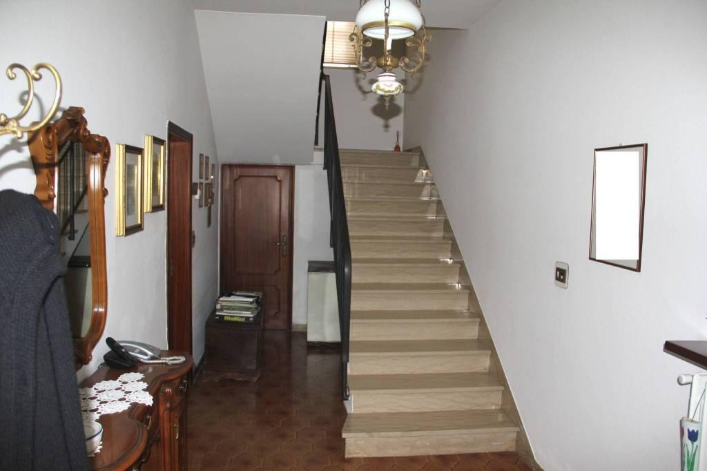 Villa in Vendita a San Mauro Pascoli Periferia: 5 locali, 366 mq