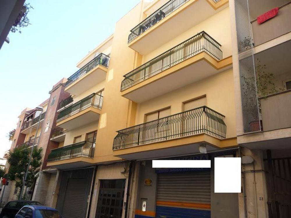 Appartamento in buone condizioni in vendita Rif. 8850940