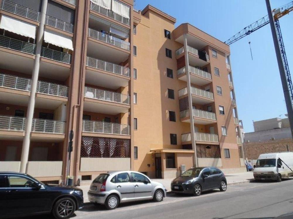 Appartamento in buone condizioni in vendita Rif. 8850942