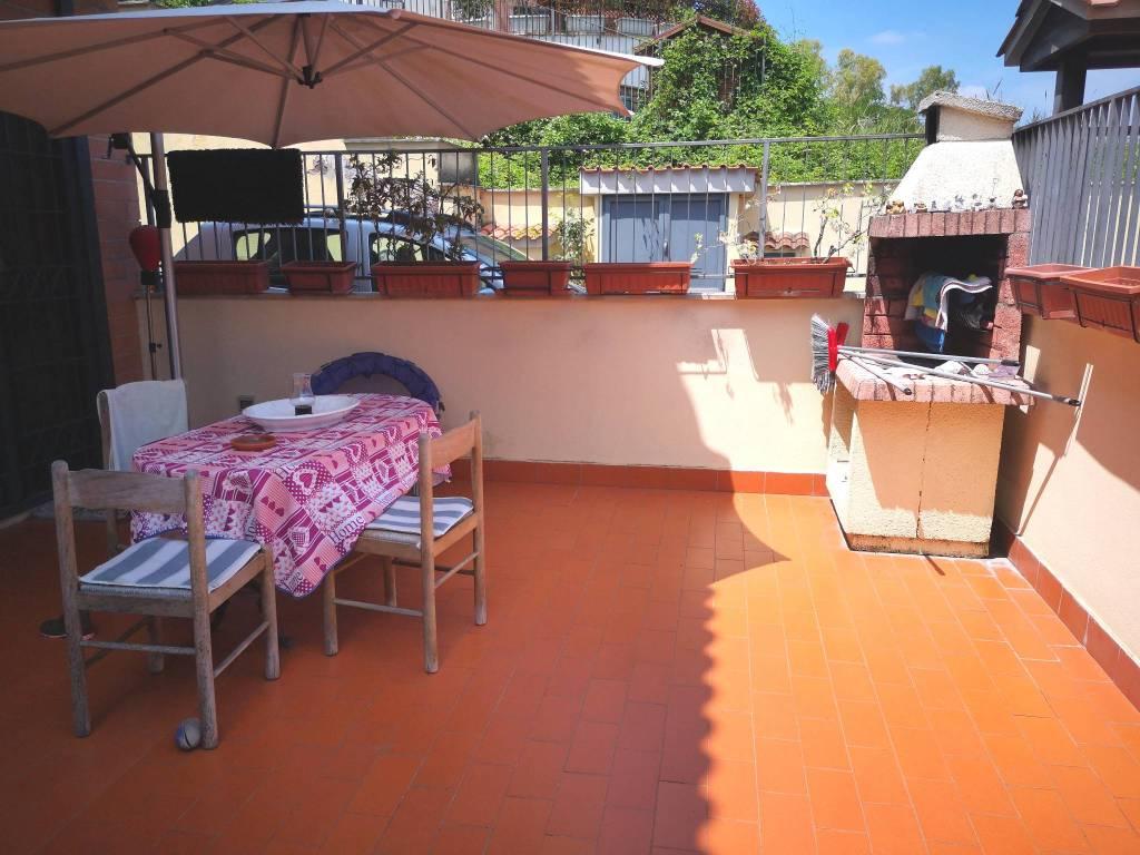 Appartamento in vendita 3 vani 100 mq.  viale della Grande Muraglia Roma
