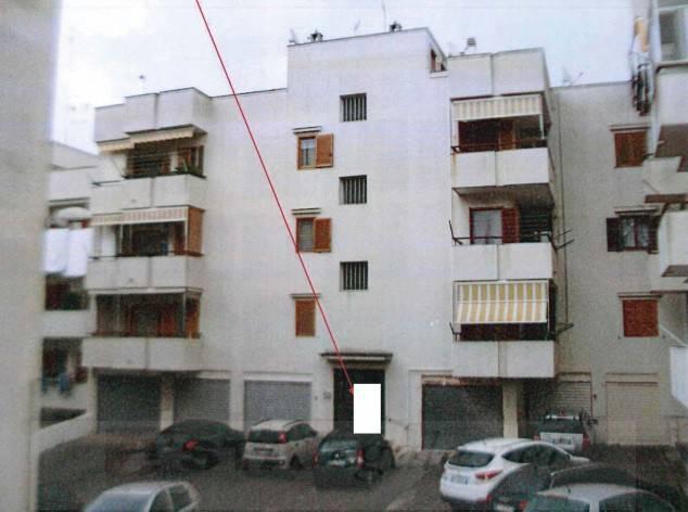 Appartamento in buone condizioni in vendita Rif. 8849116