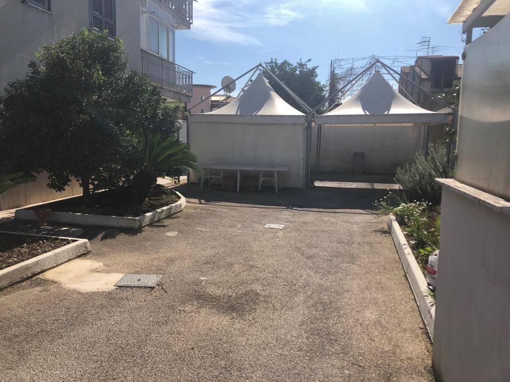 Appartamento in ottime condizioni in vendita Rif. 8851339