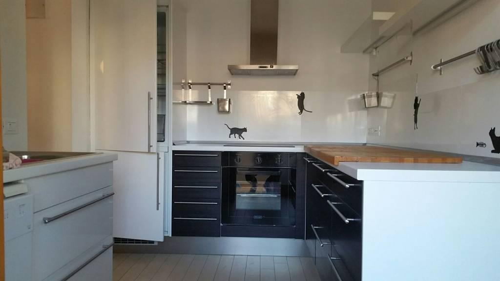 Appartamento in ottime condizioni arredato in affitto Rif. 8844678