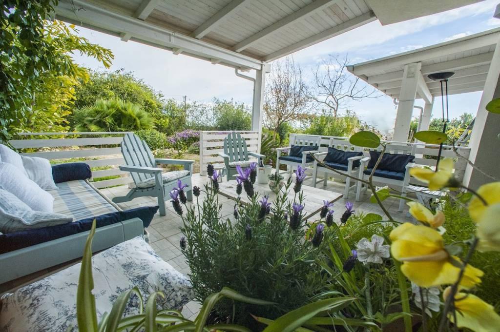 Villa in buone condizioni in vendita Rif. 8849739