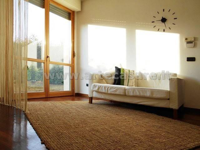 Appartamento in buone condizioni in vendita Rif. 8845771