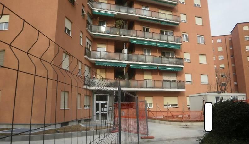 Appartamento in buone condizioni in vendita Rif. 8850615
