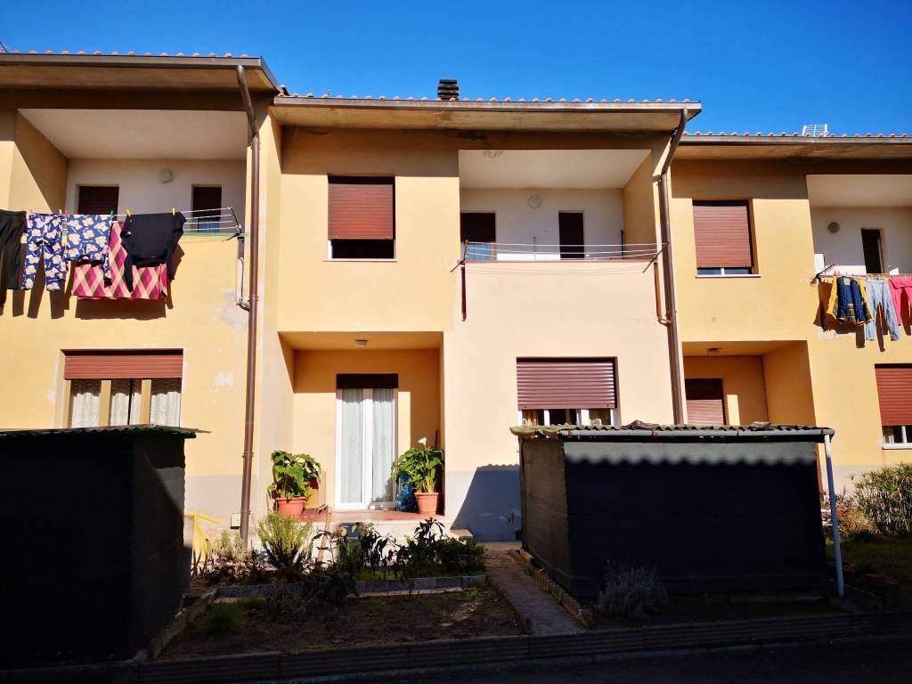 Casa indipendente in Vendita a Passignano Sul Trasimeno: 4 locali, 120 mq