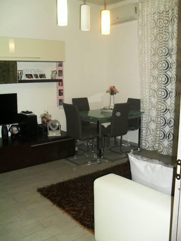Appartamento in ottime condizioni in vendita Rif. 8847976