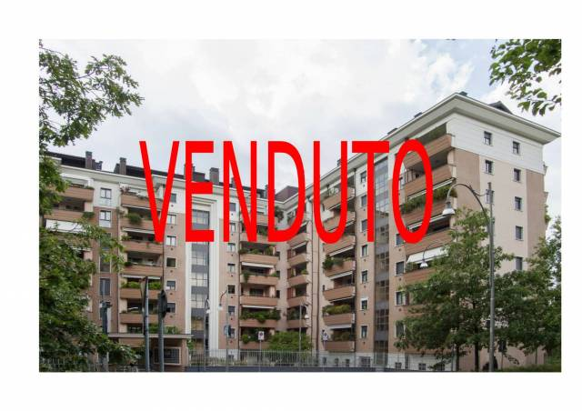 Appartamento in ottime condizioni in vendita Rif. 6492814