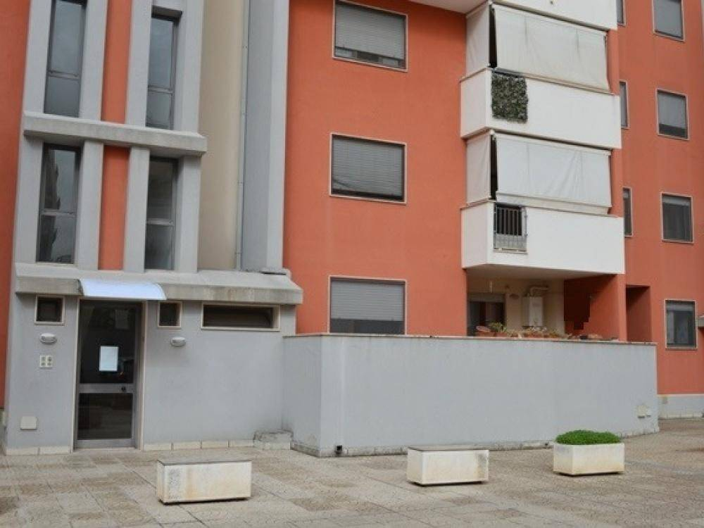 Appartamento in buone condizioni in vendita Rif. 8850949
