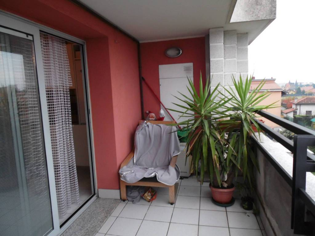 Appartamento in vendita via Dante Alighieri Busnago