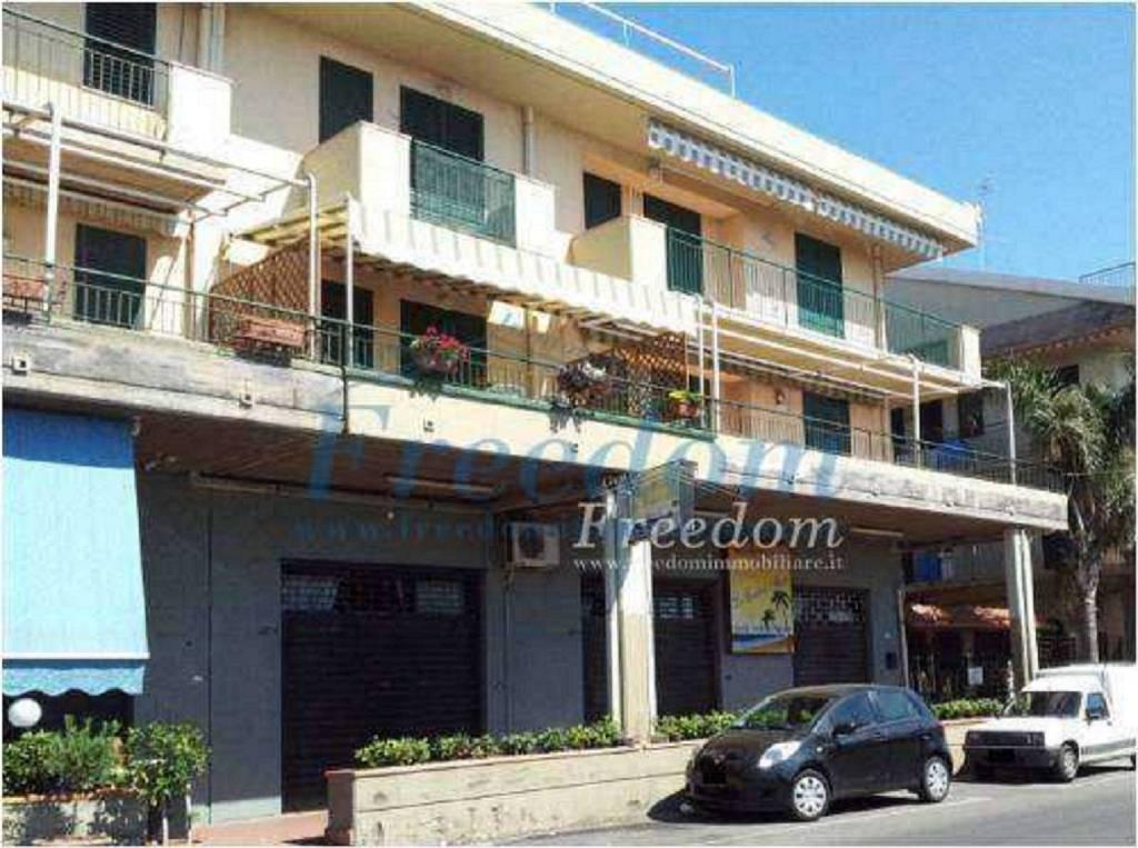 Appartamento in Vendita a Mascali Centro: 2 locali, 50 mq