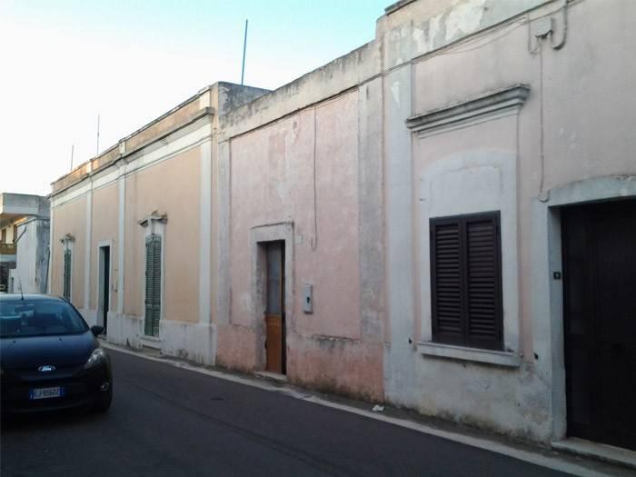 Appartamento da ristrutturare in vendita Rif. 8850824
