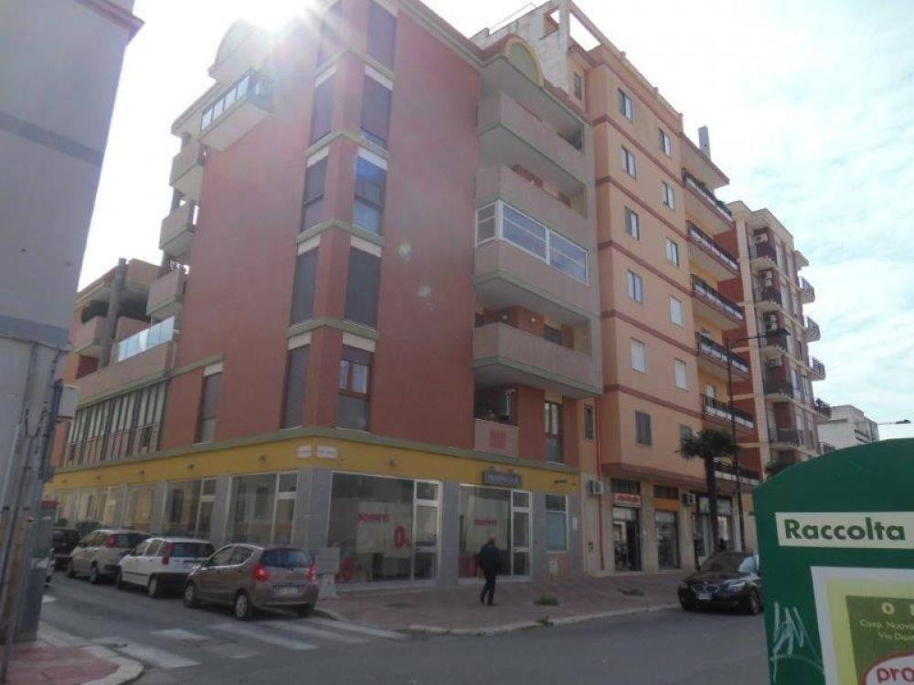 Appartamento in ottime condizioni in vendita Rif. 8850939