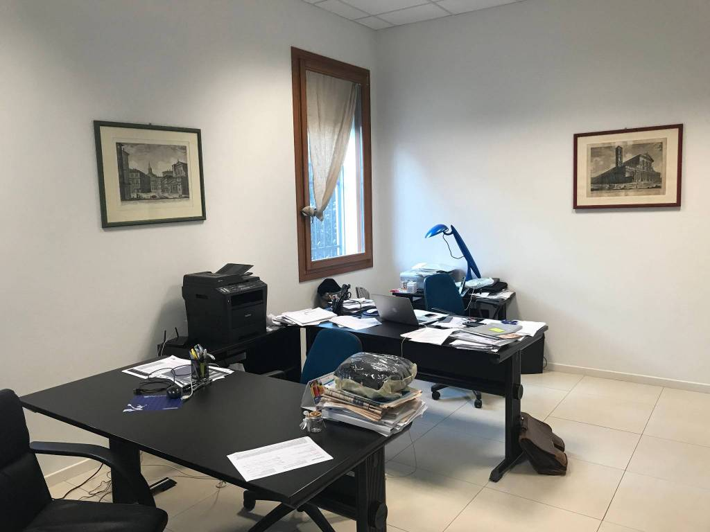 Ufficio in affitto Rif. 8846194