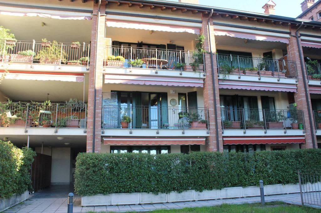 Appartamento in ottime condizioni parzialmente arredato in vendita Rif. 8848363