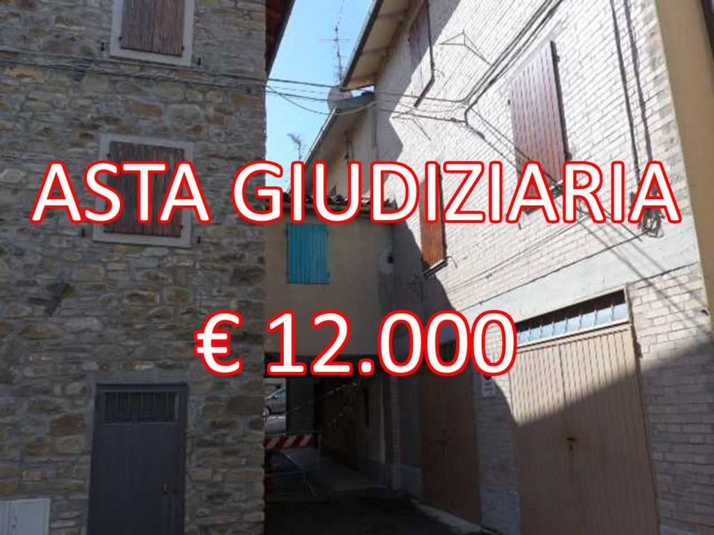 Appartamento da ristrutturare in vendita Rif. 8861571