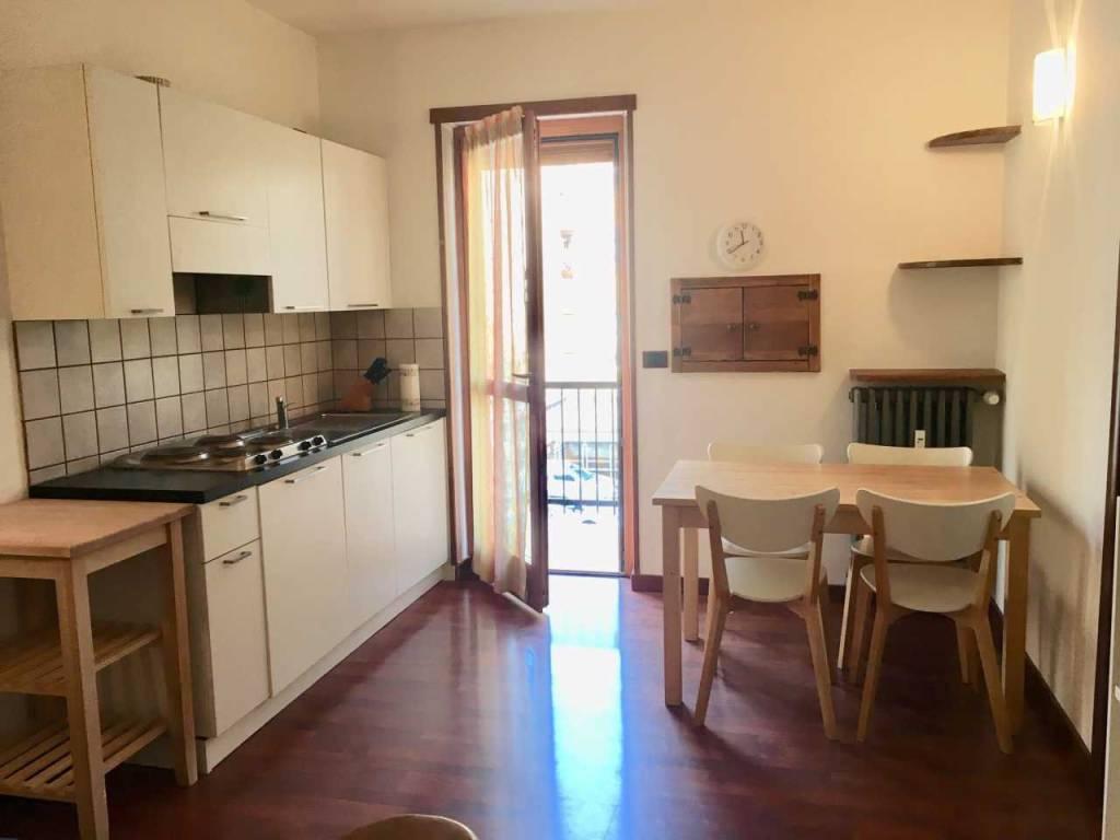 Appartamento in ottime condizioni arredato in affitto Rif. 8900159