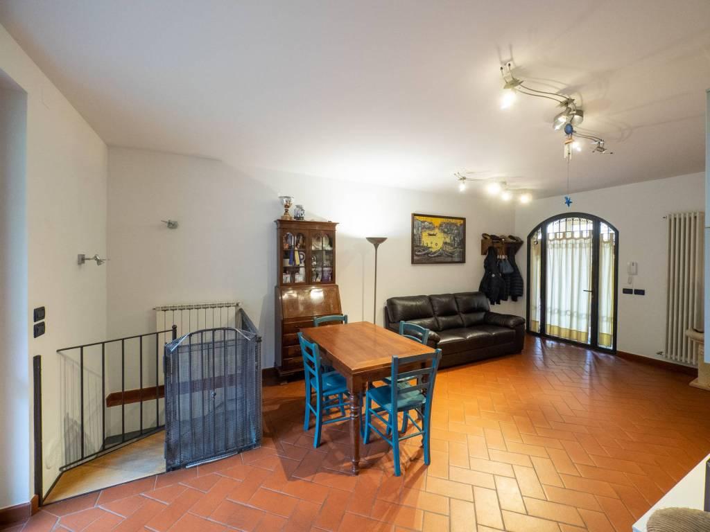 Appartamento in ottime condizioni in vendita Rif. 8862169