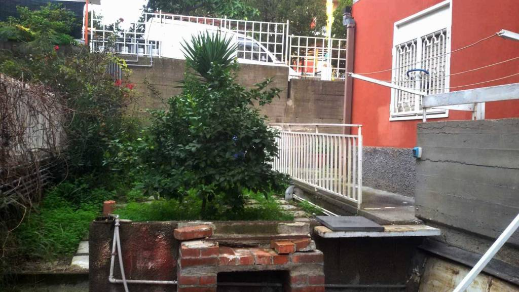 Appartamento in buone condizioni in vendita Rif. 8861392