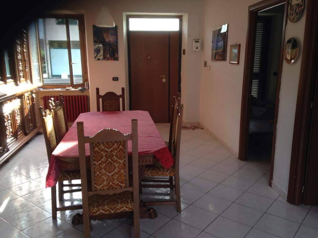 Villa in buone condizioni parzialmente arredato in vendita Rif. 8862065