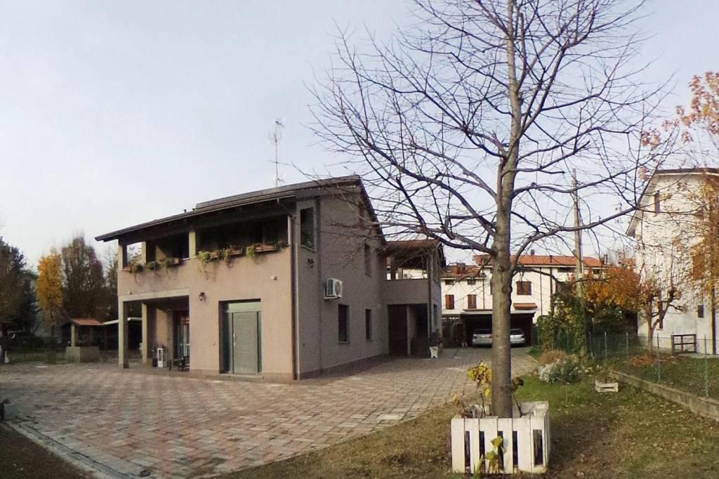vendita appartamento in villa