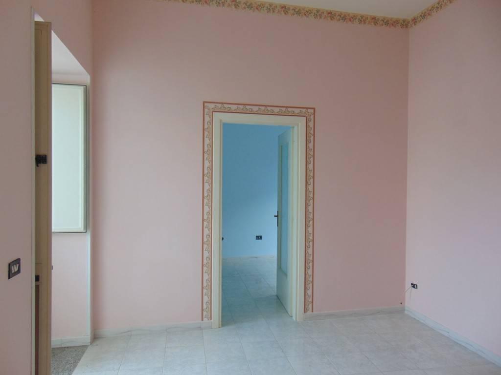 Appartamento in buone condizioni in vendita Rif. 8859433