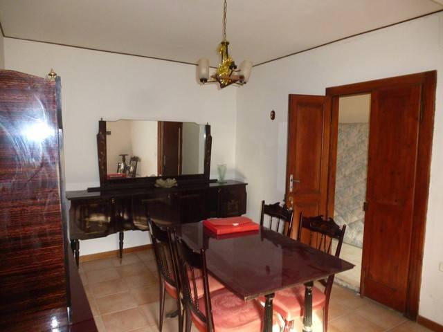 Appartamento in ottime condizioni arredato in vendita Rif. 8861840