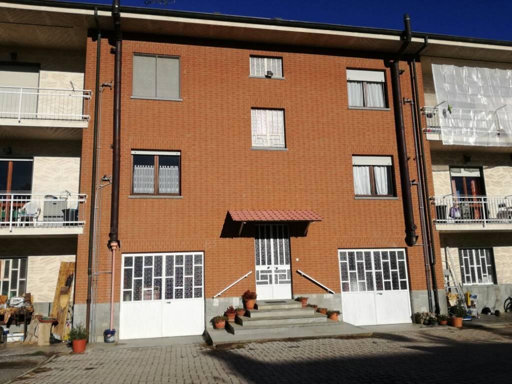Appartamento in ottime condizioni in affitto Rif. 8861464