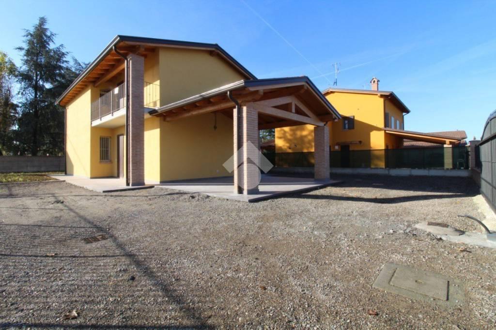 Villa in vendita Rif. 9217522