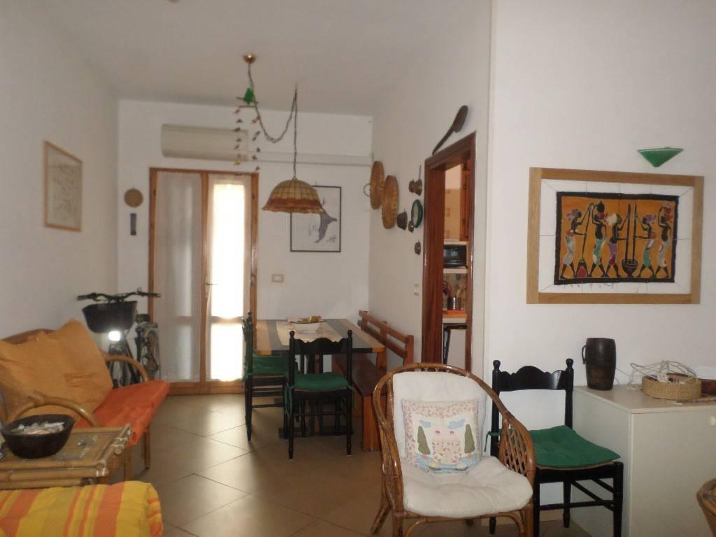 Casa Indipendente in buone condizioni arredato in vendita Rif. 9146174