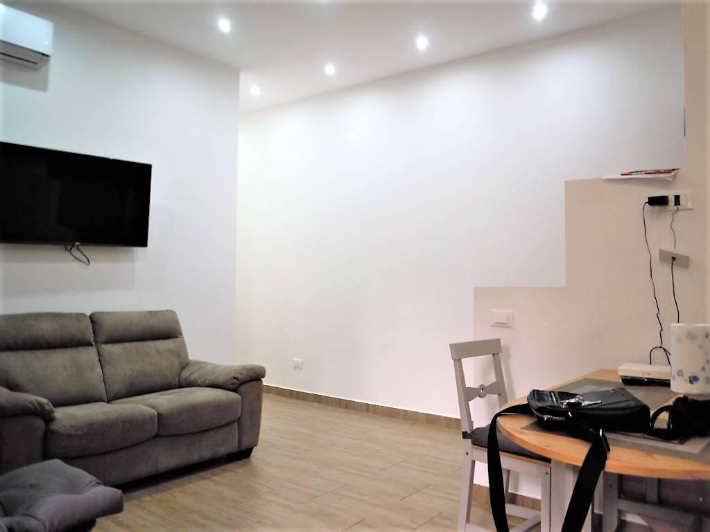 Appartamento in vendita 3 vani 72 mq.  via Angiolo Cabrini 56 Roma