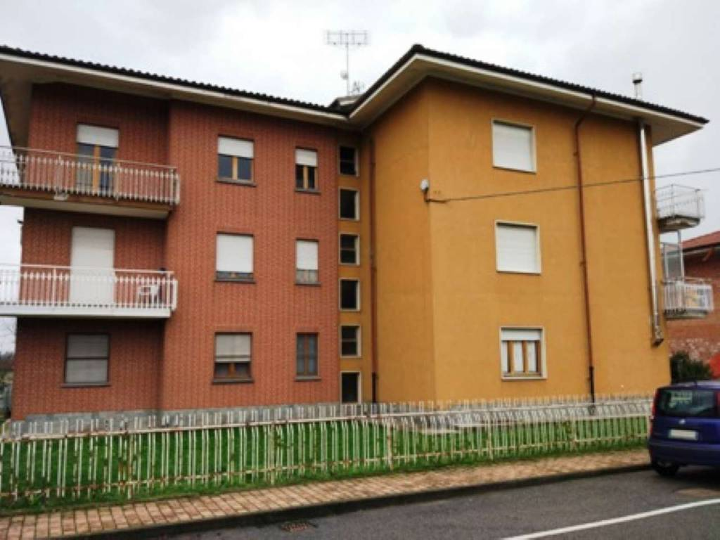 Appartamento in vendita a Rocca de' Baldi, 3 locali, prezzo € 50.000 | CambioCasa.it